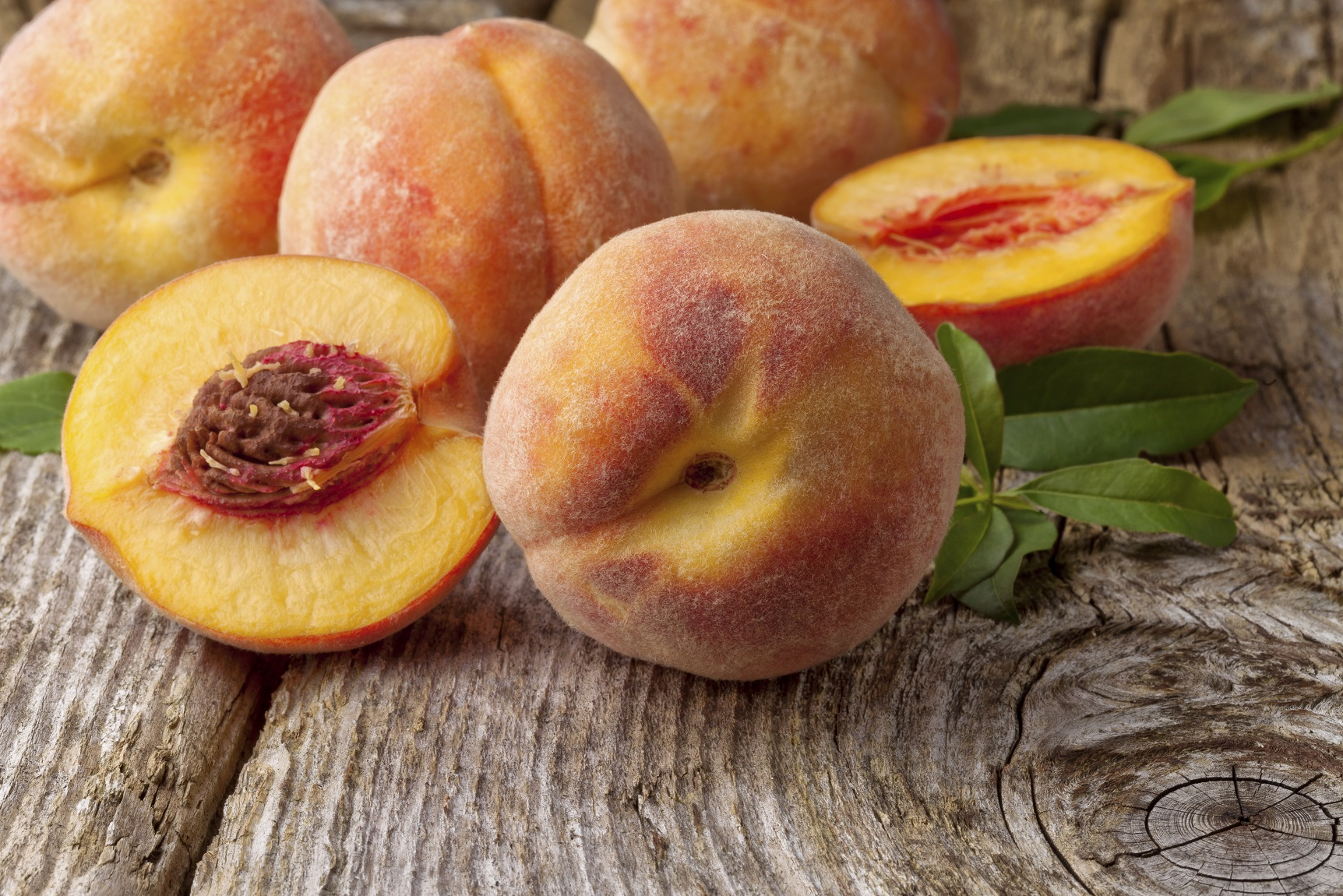 Radiate a Healthy Glow with this DIY Peach Facial Mask